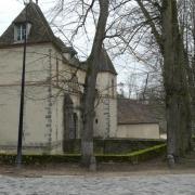 18-03-18 St Rémy L'Honoré 16-Les Menuls, le château