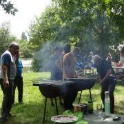 24-06-18 Barbecue 19 - Il y en avait une encore vivante