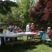 24-06-18 Barbecue 21 - Va falloir mettre la table