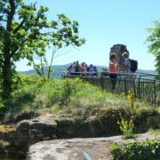 dimanche 06-05 -33.3 Entre les châteaux forts et étangs