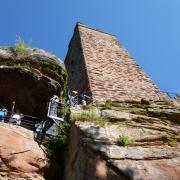 dimanche 06-05 - 4 Entre les châteaux forts et étangs